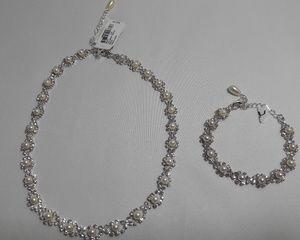 Necklace and Bracelet Jewelry Set